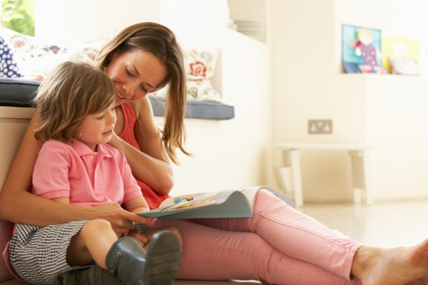 How do kids learn to read at early age ?